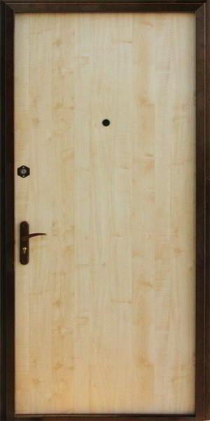 входные ламинированные двери в москве